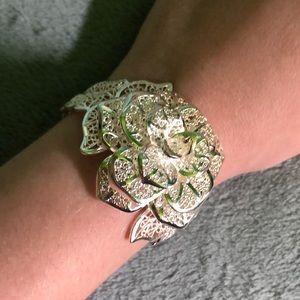 Jewelry - adjustable silver flower bracelet